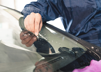 Signs It's Time for A Windshield Replacement