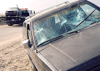 4 Downsides to Ignoring a Damaged Windshield