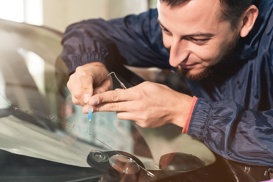 Why Should You Go for a Professional Windshield Replacement Company?
