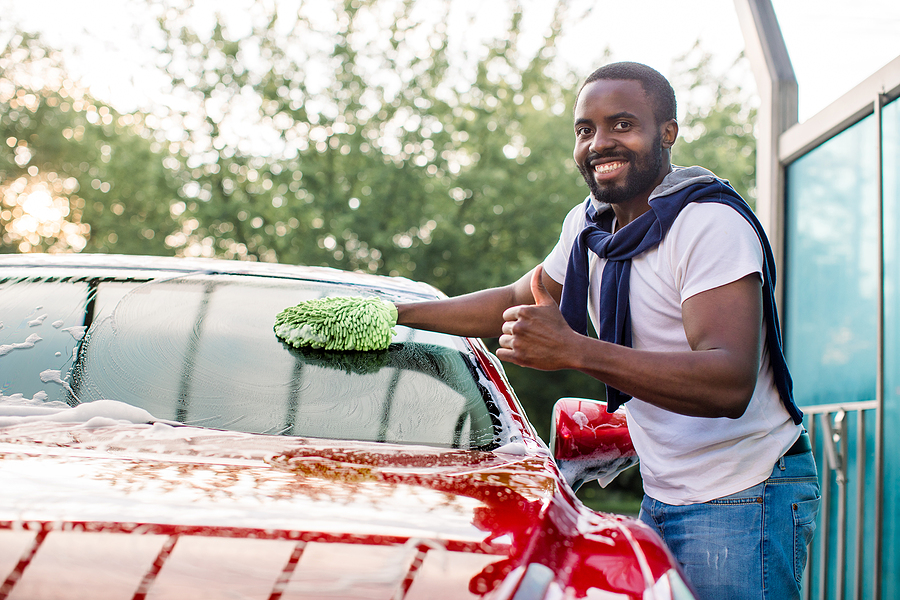Removing Difficult Things From Your Auto Glass